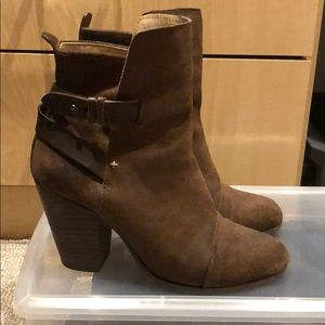Rag & Bone Harrow Brown suede booties. Size 39.5